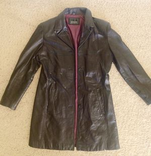 Women's leather coat - for Sale in Alexandria, VA