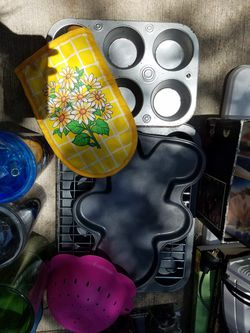 Bakeware for Sale in Humble,  TX