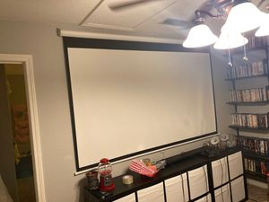 Projector Screen 100 Inch Great Condition! for Sale in Riverbank, CA
