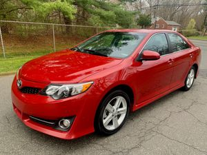 2014 Toyota Camry SE for Sale in East Hartford, CT