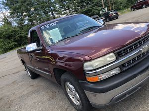 01 Chevy Silverado 1500 for Sale in Wrightstown, NJ