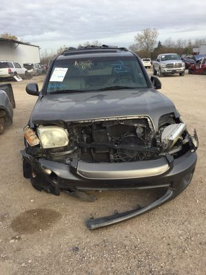 05 TOYOTA SEQUIOA FOR PARTS for Sale in Dallas, TX