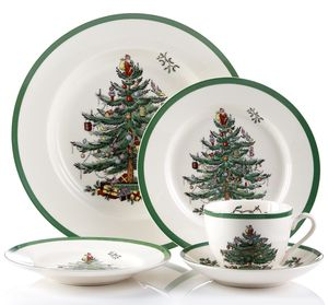 Spode CHRISTMAS TREE CHINA SERVICE FOR 8 for Sale in Tacoma, WA