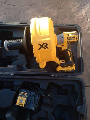 Dewalt 20v nuevo brushless snake con bateria y cargador nueva for Sale in Moreno Valley, CA