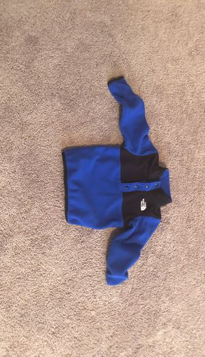 North Face jacket for Sale in Loganville, GA