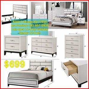 5 pieces queen bed set for Sale in Houston, TX