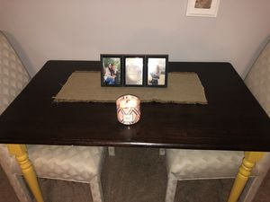 Table for Sale in Waynesville, MO