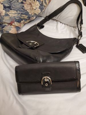 COACH purse and clutch wallet for Sale in Lakewood, CO
