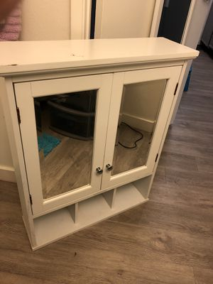Mirrored Medicine Cabinet for Sale in San Diego, CA