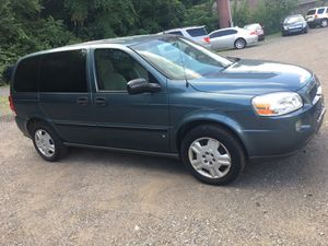 07 Chevy Uplander 3row for Sale in Pittsburgh, PA