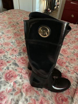 MK rain boots size 7 for Sale in Garland, TX