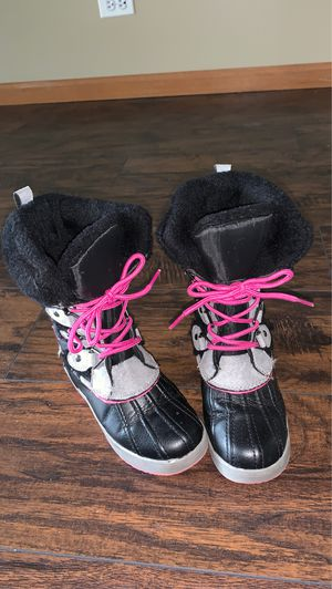 Kids Tote snow boots size 13 for Sale in Bolingbrook, IL
