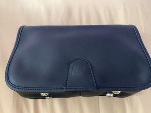 United Airlines Flight Attendant leather bag for Sale in Elk Grove Village, IL