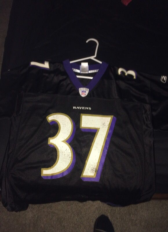 best sneakers ab9d7 3ff01 Deion Sanders Ravens Jersey for Sale in Charlotte, NC - OfferUp