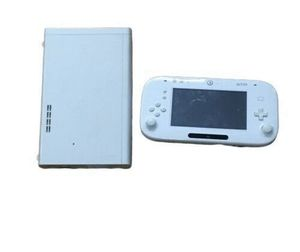 Nintendo Wii U Basic 8GB White Handheld for Sale in Queens, NY