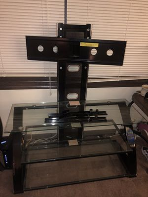 Swiveling TV stand for Sale in Aurora, IL