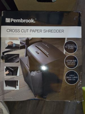 Pembrook cross cut paper shredder NEW for Sale in Erie, PA