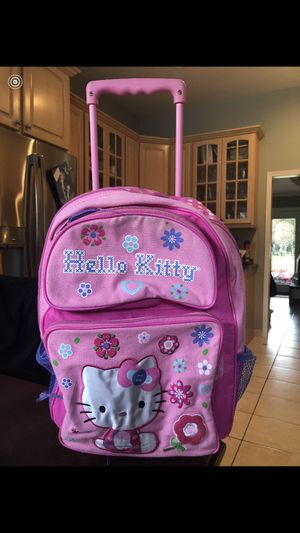 Hello kitty bag with wheels. for Sale in Huntingdon Valley, PA