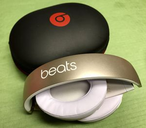 Beats Studio Wireless over-ear Headphone 2.0 for Sale in Round Rock, TX