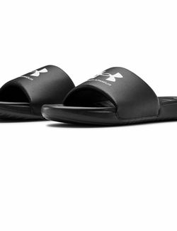 Sandalias Unisex Size 6, 8,9 Y 11 for Sale in Cicero,  IL
