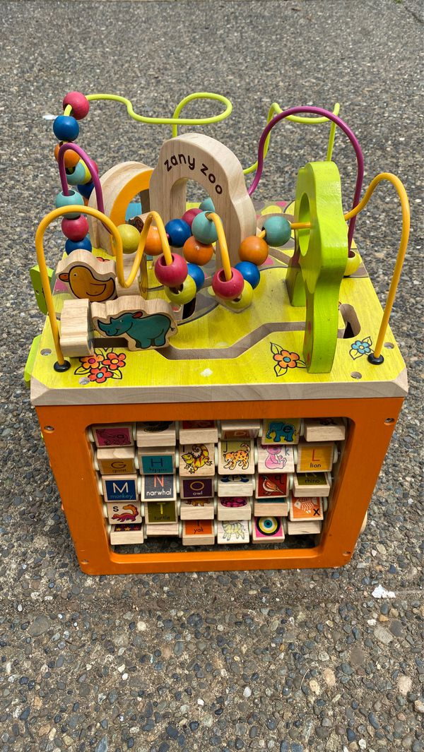 Toy Zany zoo