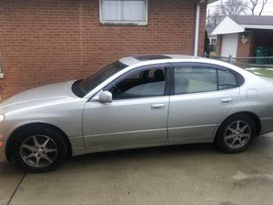 2000 Lexus FULLY LOADED LOW MILES for Sale in Cleveland, OH