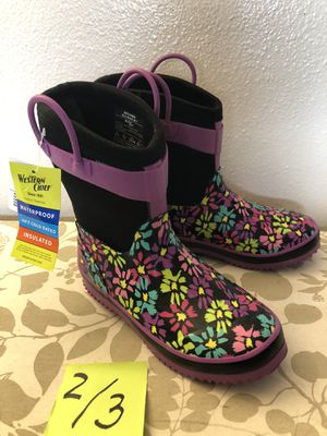 Brand new waterproof girls boots size 2/3🛍👧🏻🎀 for Sale in Everett, WA