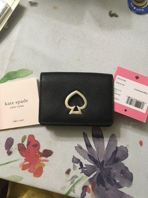 Kate Spade mini suzy trifold leather wallet for Sale in San Jose, CA