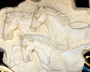 Impressive large wall sculpture Horses H30xL38xD4 inch for Sale in Chandler, AZ