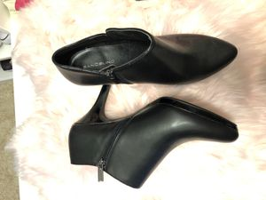 Bandolino booties black size 11 for Sale in Gaithersburg, MD