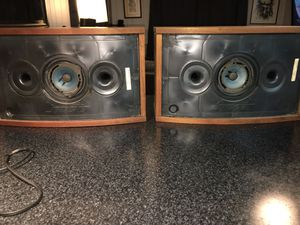 Bose 901 refoaming service. I refoam all brands and types of speakers for Sale in Mesa, AZ