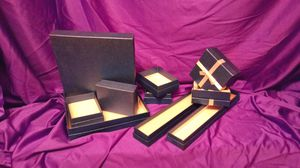 Empty accessory boxes 100 of them for Sale in Worth, IL