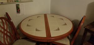 Kitchen table and 4 chairs for Sale in Glen Burnie, MD