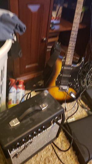 Guitar with amp and wire for Sale in Chantilly, VA