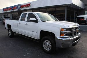 2015 Chevrolet Silverado 2500HD Built After Aug 14 for Sale in Hollywood, FL