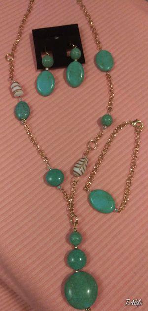 New Ladies 3 piece Jewelry Set. for Sale in Bellflower, CA