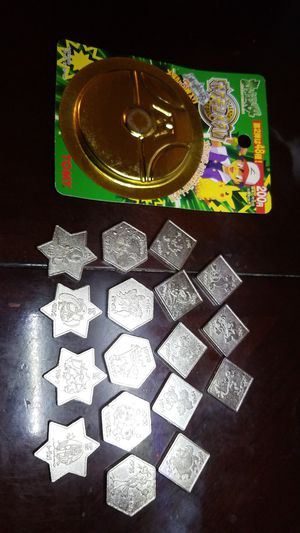18pcs pokemon 1998 (pocket monster) very rare medal coins tomy for Sale in Monterey Park, CA