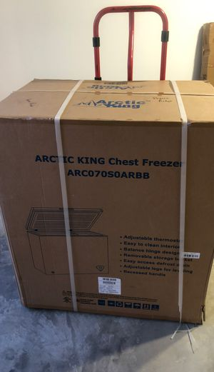 Arctic King 7.0 cu ft chest freezer black new in box for Sale in New Lenox, IL