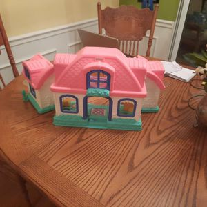 Kids/Child, Little Tykes/Fisher Price Pink House, Carrying Case for Sale in Simpsonville, SC