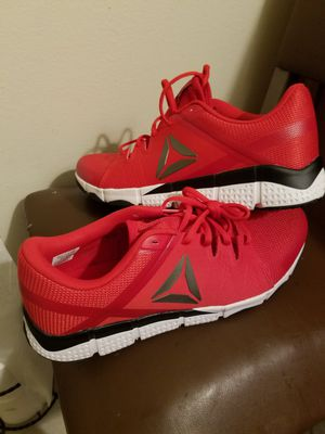 Reebok New Men's Sneakers Size 9.5 for Sale in Hayward, CA