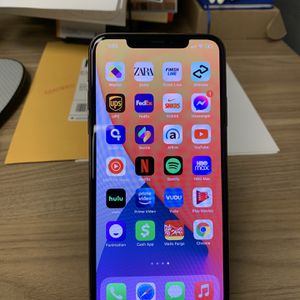 Selling iPhone 11 Pro Max 64 GB T-Mobile for Sale in Long Beach, CA