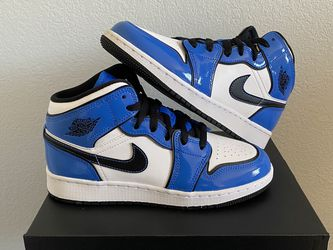 Nike Air Jordan 1 Mid Signal Blue (BQ6931 402) for Sale in Santa Ana,  CA