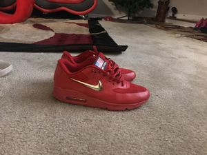 Nike Air max Red with Gold Swoosh for Sale in MD CITY, MD