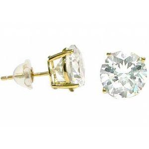 10k 7mm Diamond earrings! Barely worn for Sale in Lake Oswego, OR