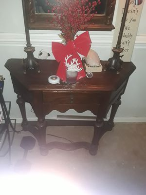 Wood stand with two lamps for Sale in North Chesterfield, VA