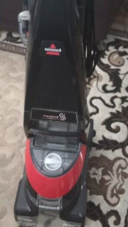 Bissell Pro Heat Carpet Cleaner Shampooer for Sale in Downey,  CA