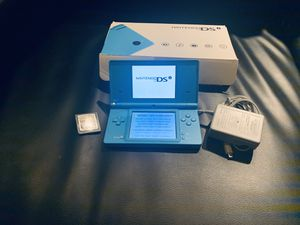 Nintendo DSi with Mario Kart + Cable for Sale in Los Angeles, CA