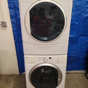 Kenmore Washer And Electric Dryer Set Good Working Condition Set For $299 for Sale in Lakewood, CO