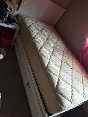Bed and mattress for Sale in Snohomish, WA