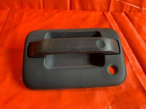 OEM 2009 - 2014 FORD F150 F-150 DRIVER LEFT FRONT EXTERIOR DOOR HANDLE TEXTURED for Sale in Miami Gardens, FL